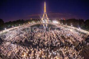 Diner en Blanc Paris Anniversary